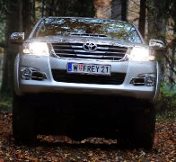 Toyota Hilux 2.5 D-4D Country DK