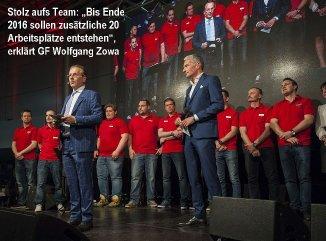 wolfgang_zowa_mit_team_und_rainer_pariasek